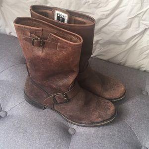 Frye Brown Veronica Short Mofo Boots in short